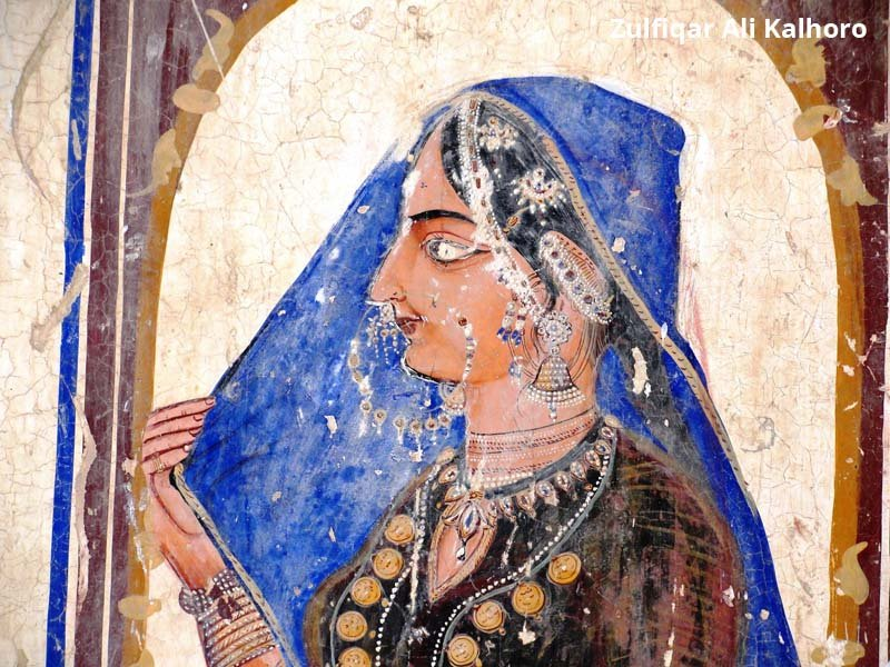 Fig.-15.-The-interior-walls-of-the-haveli-is-decorated-with-potraits-of-Sikh-ladies.jpg